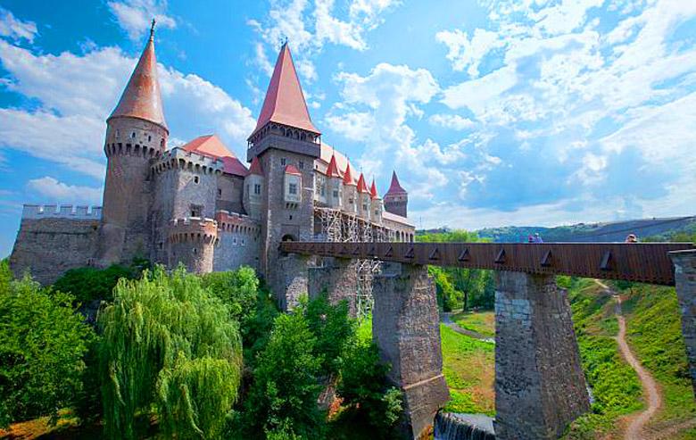 Виза в Румынию: подробный обзор визового режима