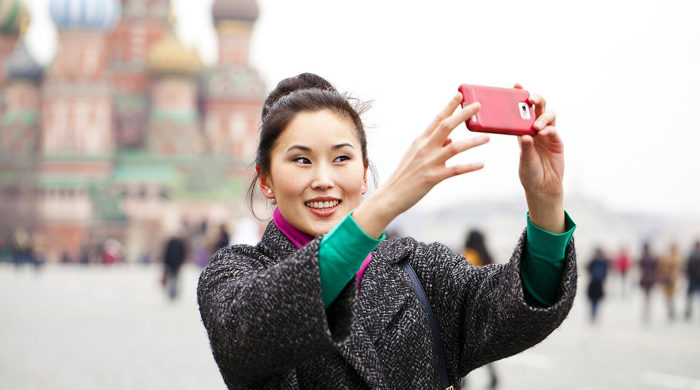 Приглашение для иностранца в Россию: правила получения бумаги