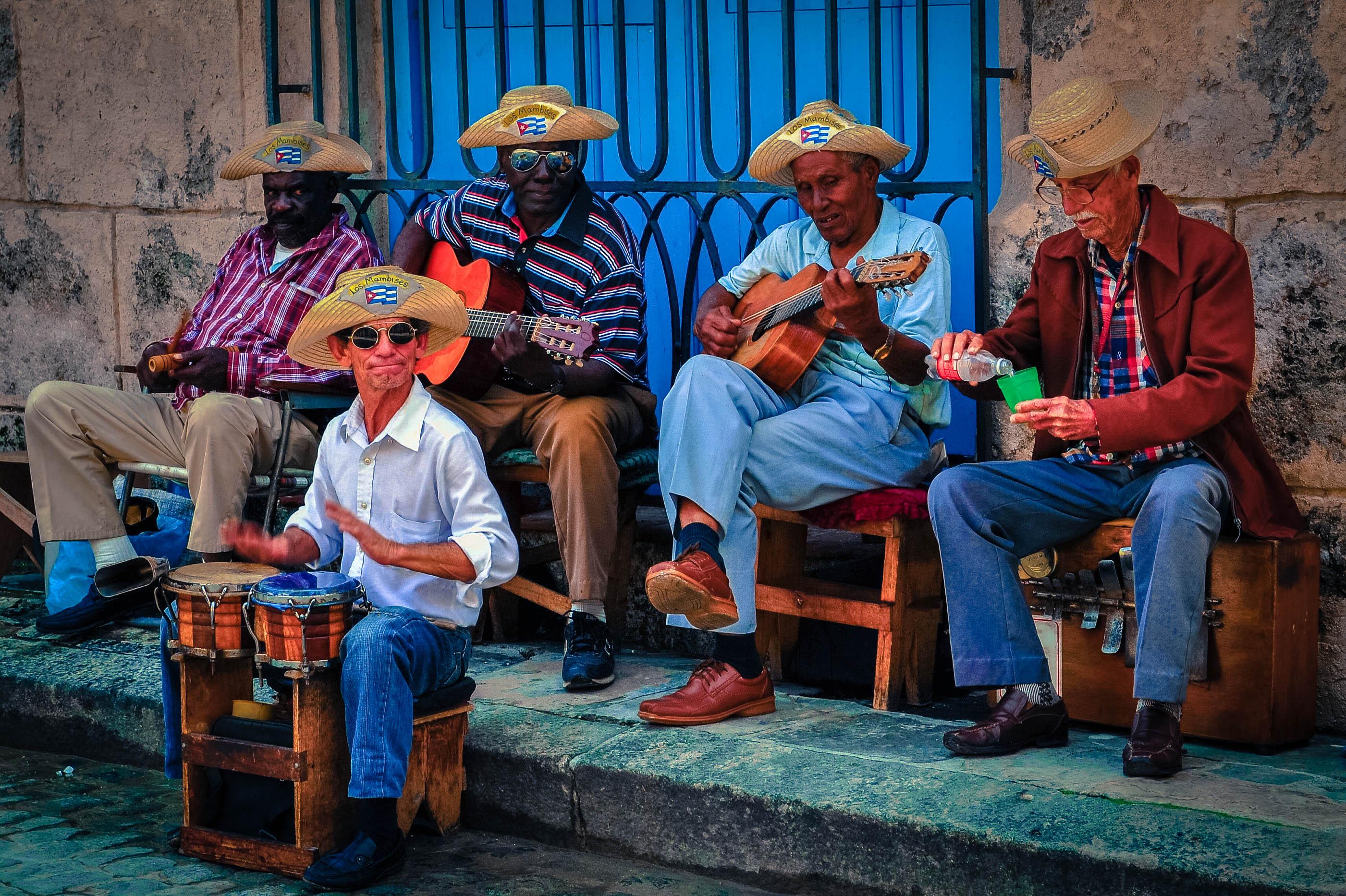 Виза на Кубу: нужна ли для россиян, виды виз и порядок оформления